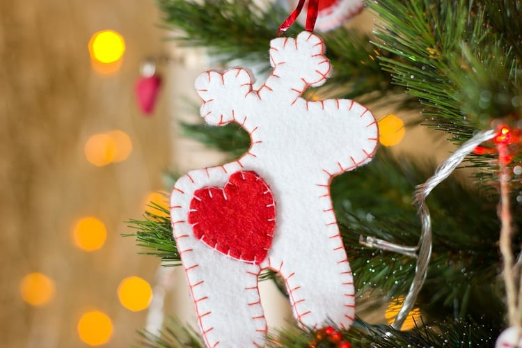DIY Hand Sewn Felt Christmas Ornaments - Step Five