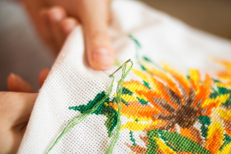 Differences Between Cross Stitch vs. Embroidery