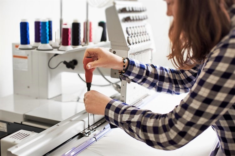 How to deal with Embroidery Machine Issue